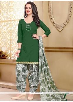 Appealing Cotton Green Punjabi Suit