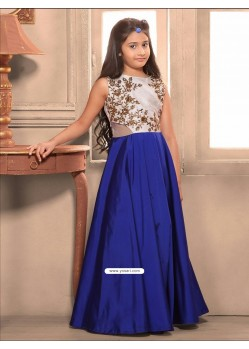 Awesome Blue Taffeta Silk Gown