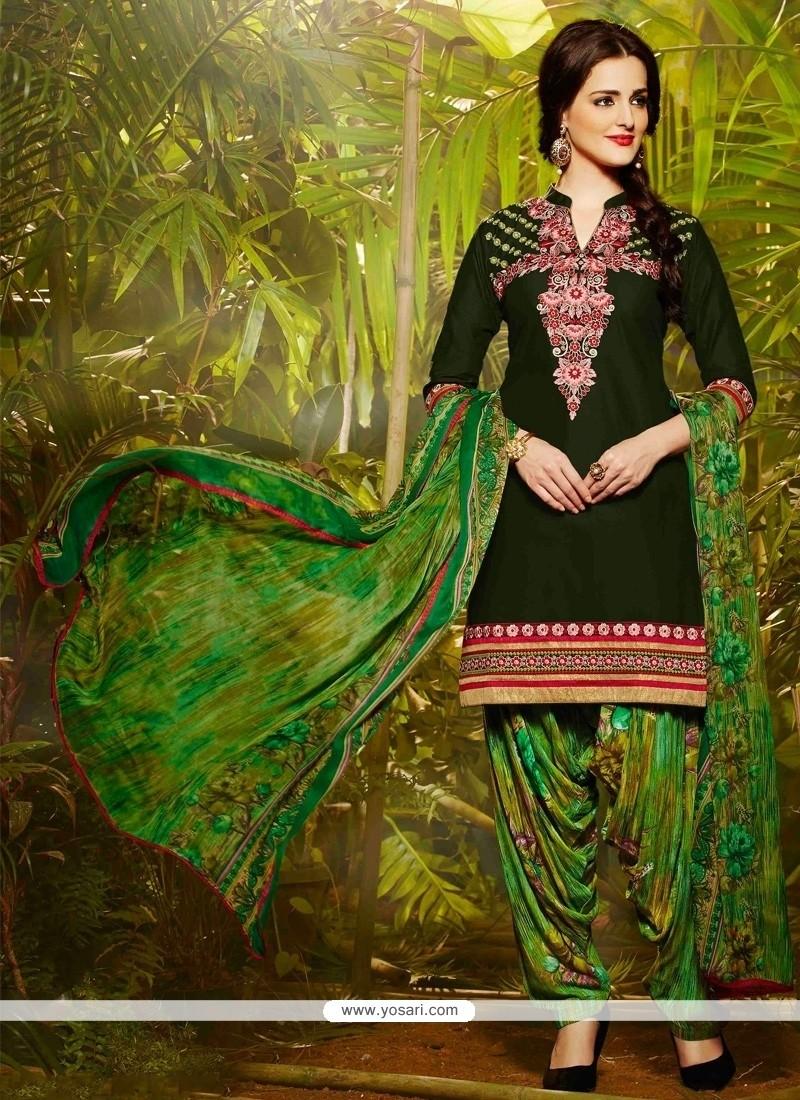 Conspicuous Green Resham Work Designer Patila Salwar Suit