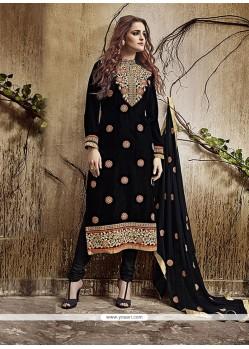 Zesty Velvet Zari Work Churidar Salwar Kameez