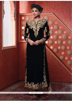 Dashing Resham Work Designer Suit
