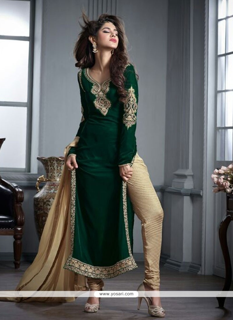 856f2bbacd Desirable Embroidered Work Green Velvet Designer Straight Salwar Kameez