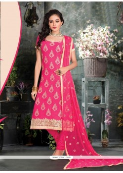 Dashing Lace Work Churidar Salwar Suit