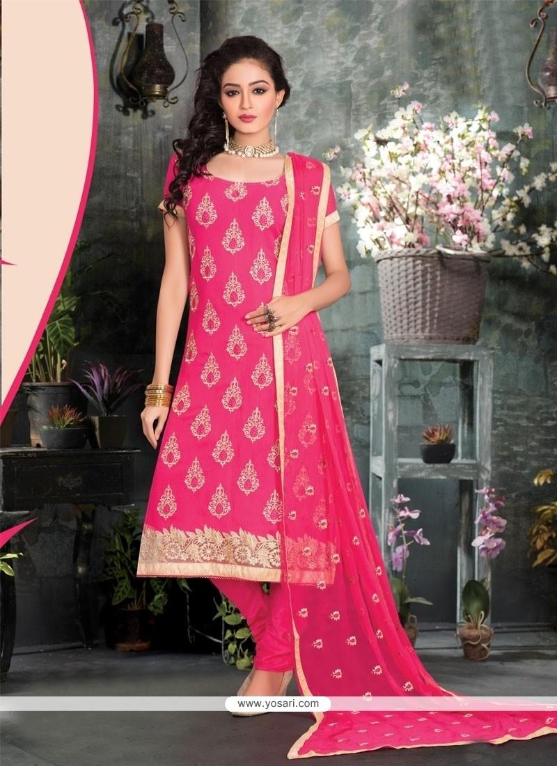 Dashing Lace Work Churidar Salwar Suit
