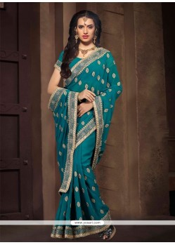Entrancing Patch Border Work Georgette Designer Saree
