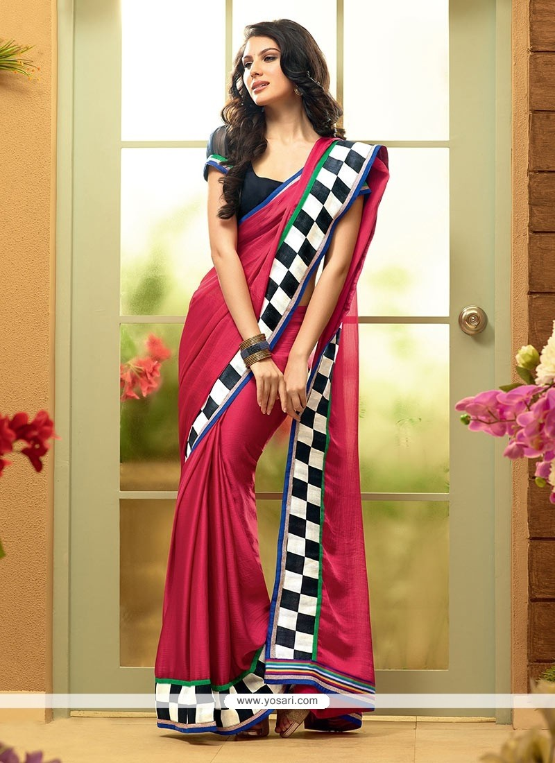 Flawless Pink Shaded Faux Chiffon Plain Saree