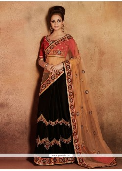 Flawless Cream And Black Zari Net Designer Saree