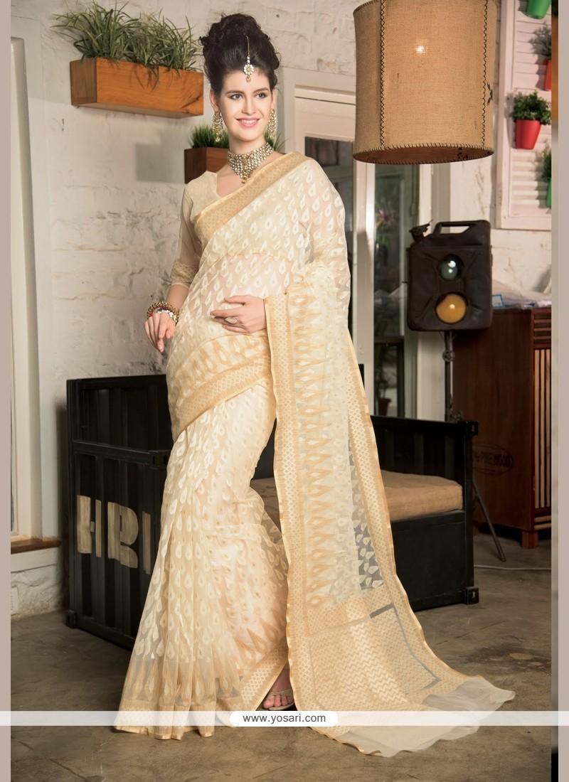 Spellbinding Zari Work Designer Saree
