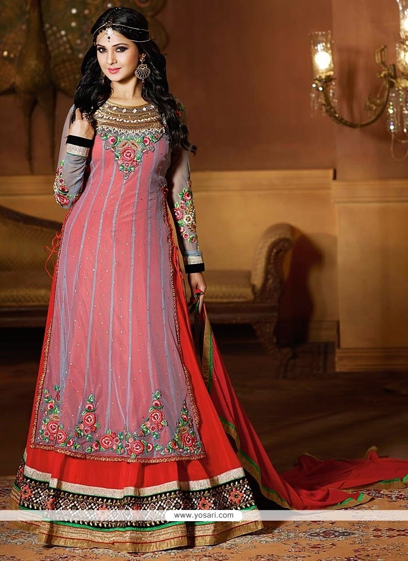 Jenifer Winget Grey And Red Net Anarkali Suit