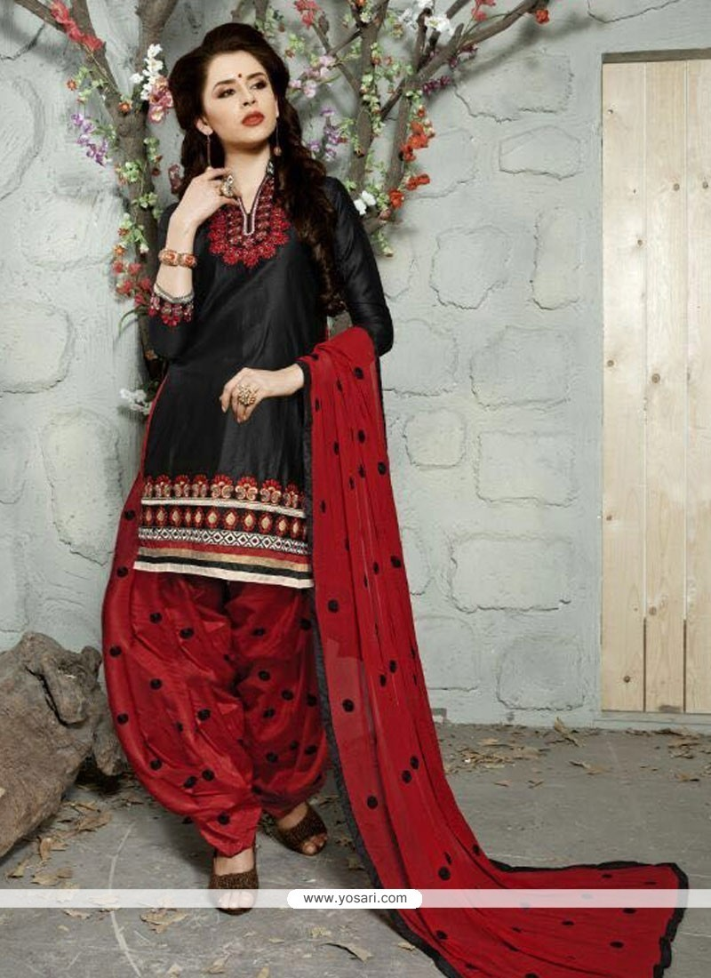 43cf82406b Shop online Buy Sunshine Cotton Black Trendy Punjabi patiala Suit ...
