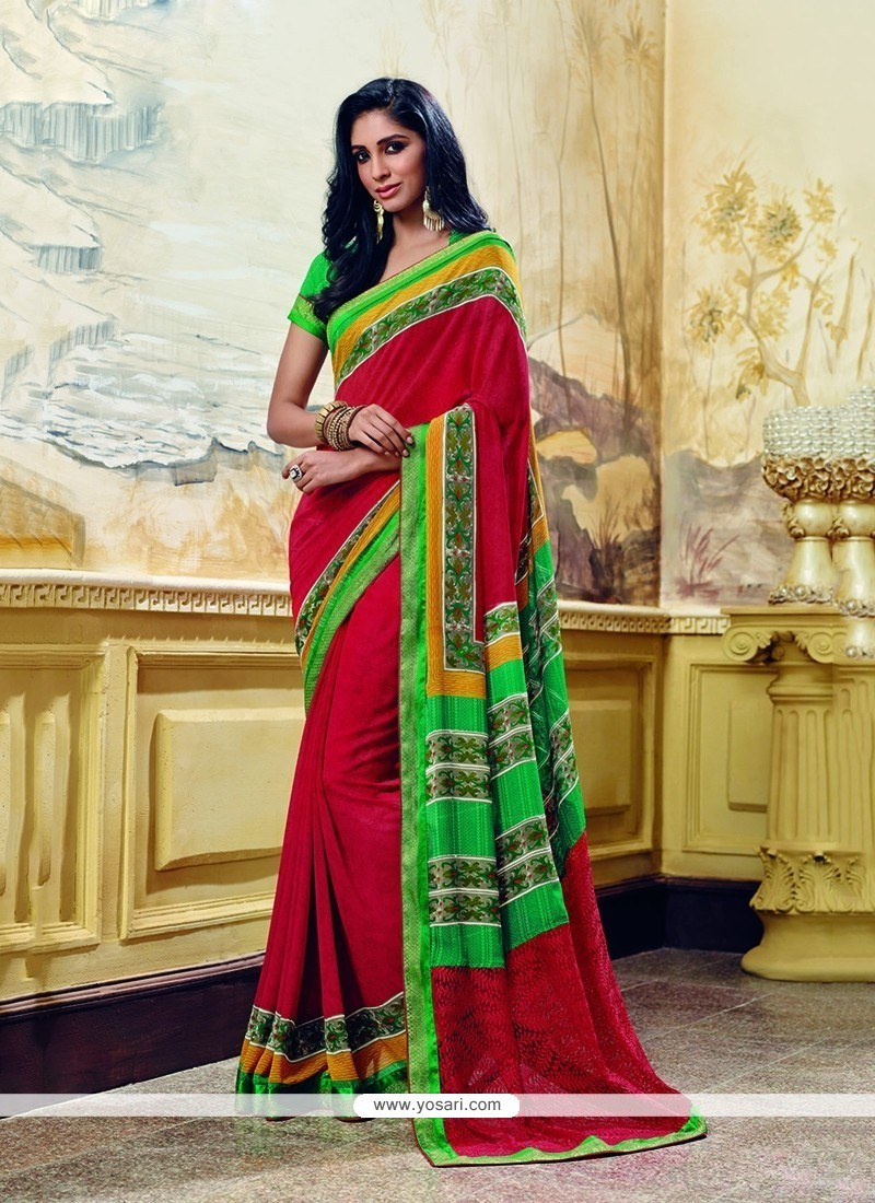 Beautiful Printed Saree For Party