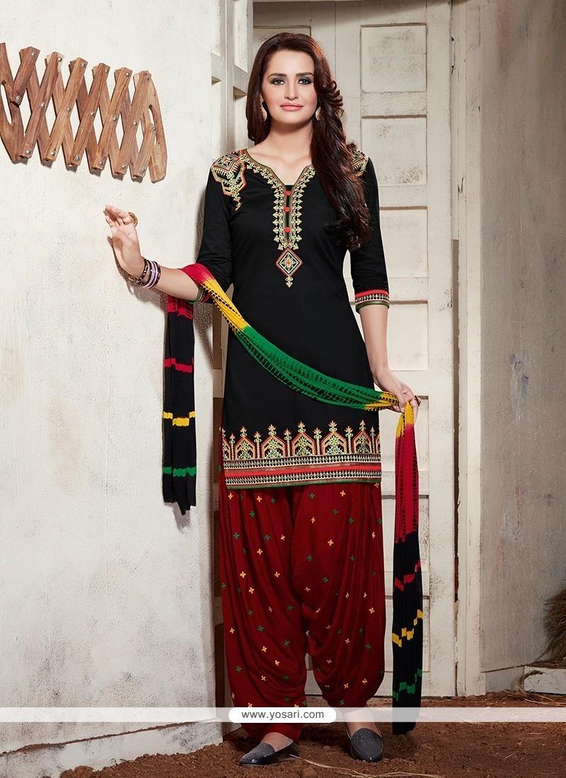 Striking Embroidered Work Black Cotton Punjabi Salwar Suit