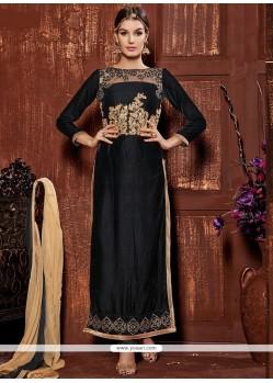 Fabulose Black Velvet Churidar Salwar Kameez
