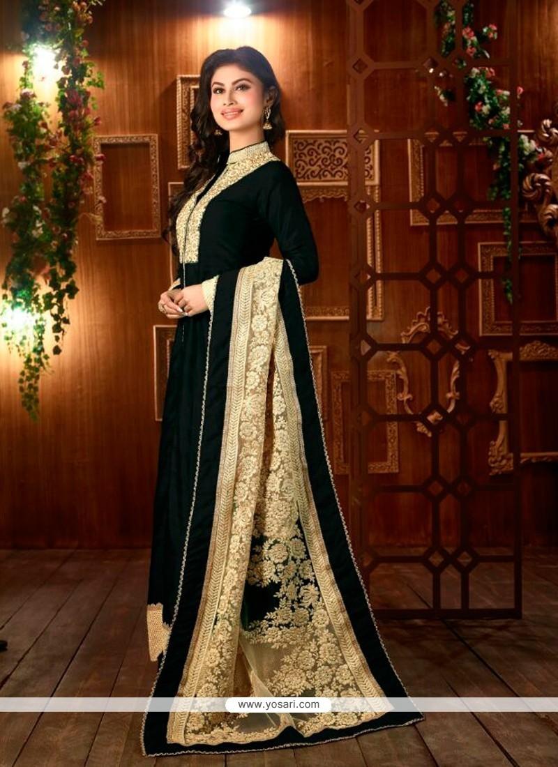 Desirable Black Designer Suit