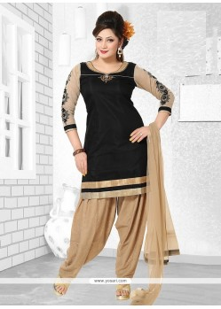 Tantalizing Embroidered Work Readymade Suit
