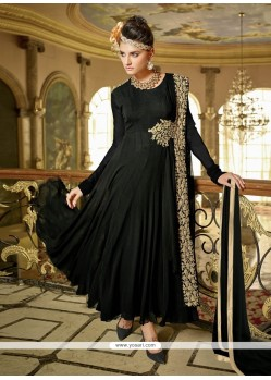 Perfect Black Anarkali Salwar Kameez