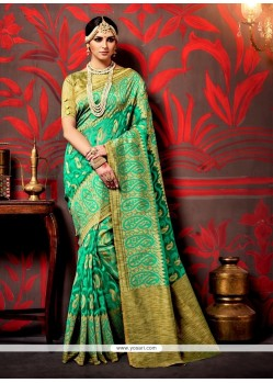 Vibrant Green Trendy Saree