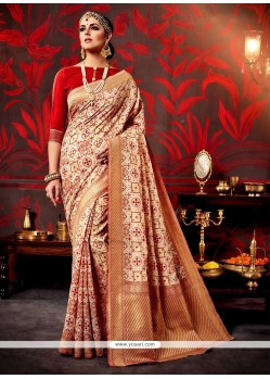 Sensational Patch Border Work Weaving Classic Saree