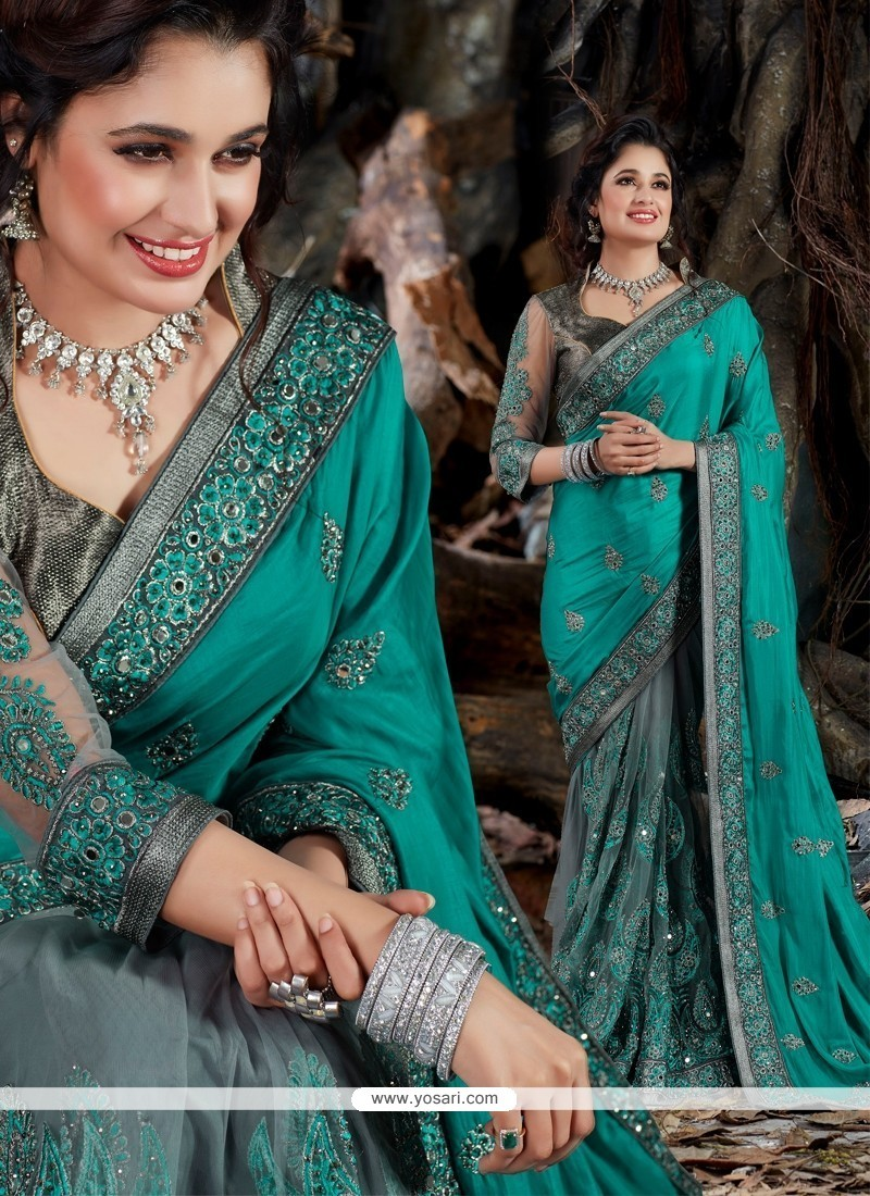 Enthralling Grey Patch Border Work Classic Designer Saree
