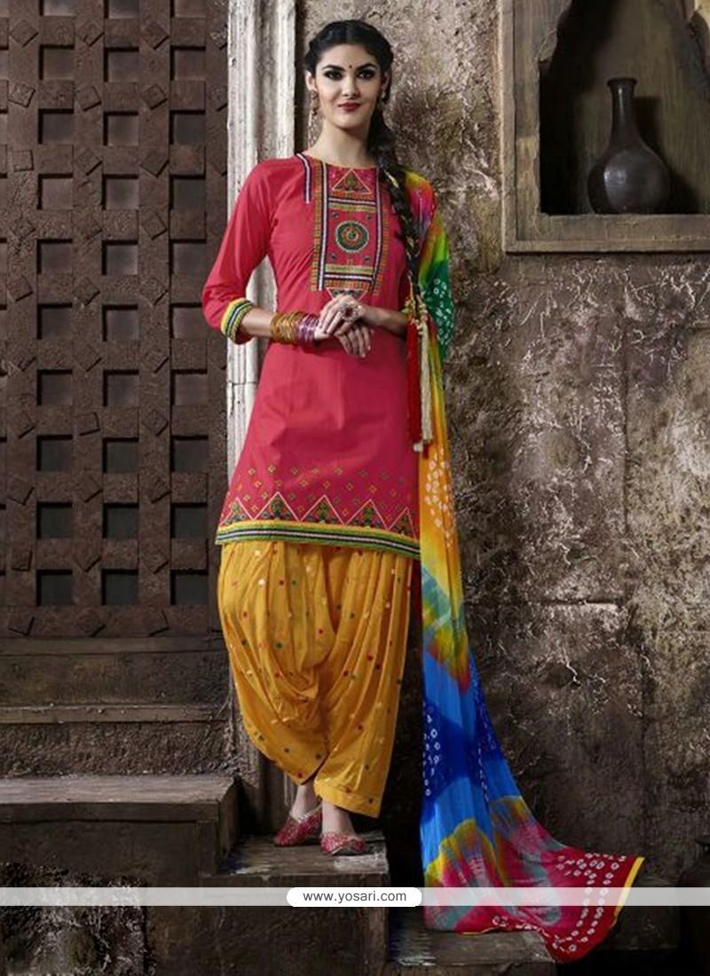 Sightly Lace Work Cotton Punjabi Suit