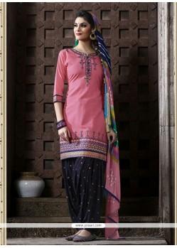 Entrancing Pink Punjabi Suit