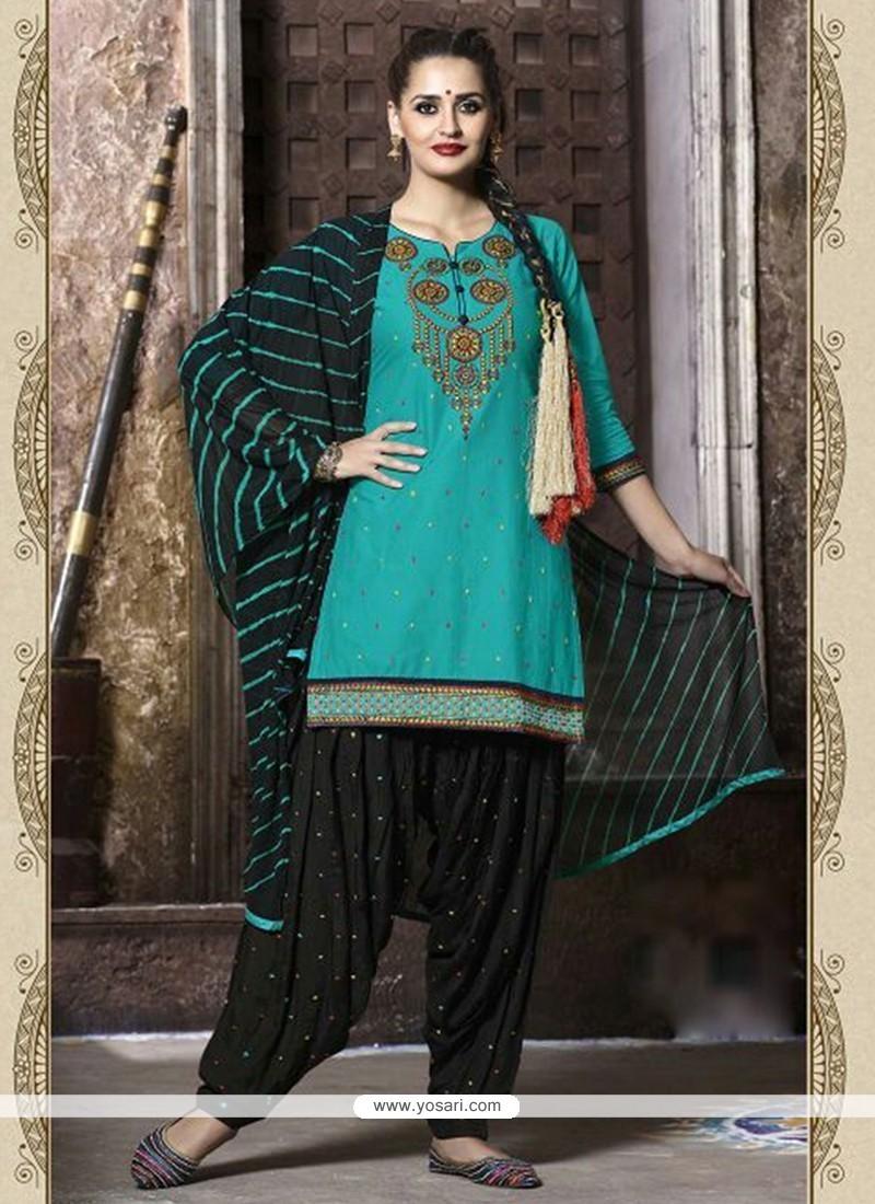 Topnotch Sea Green Cotton Punjabi Suit