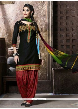 Dignified Black Resham Work Cotton Punjabi Suit