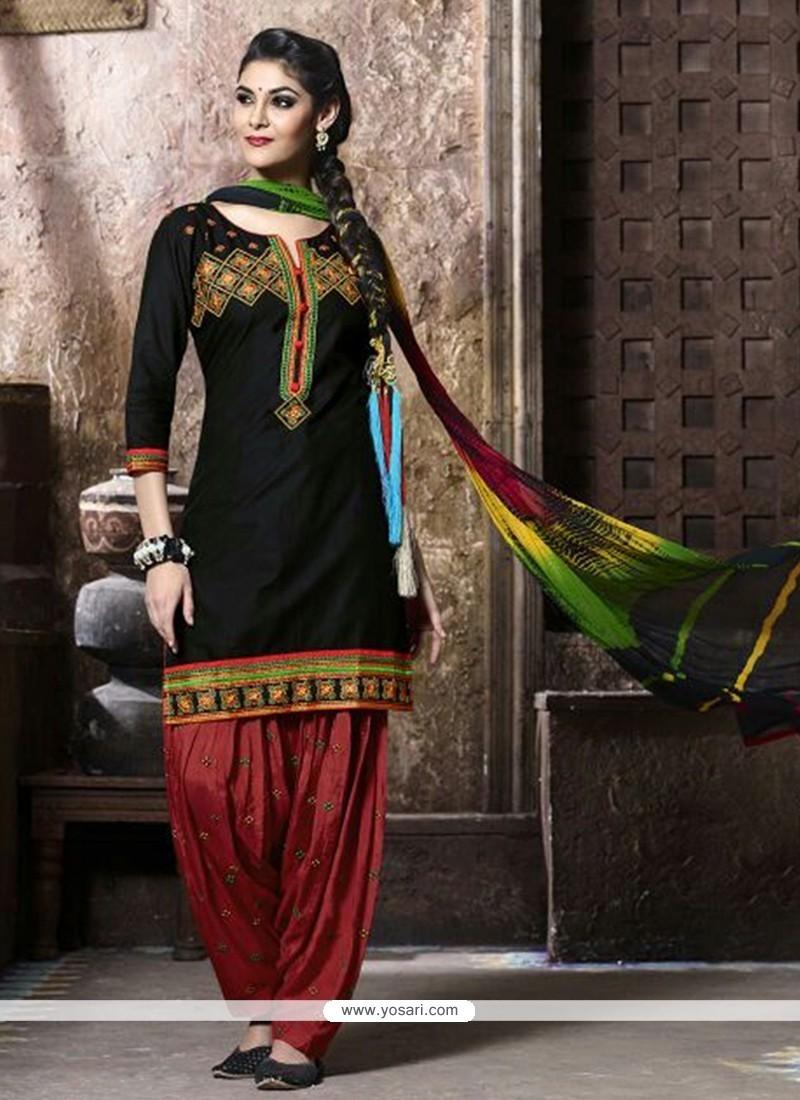Dignified Black Resham Work Cotton Punjabi Suit