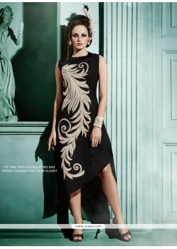 Pretty Embroidered Work Black Designer Kurti