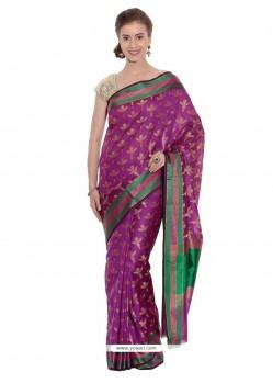 Distinguishable Weaving Work Traditional Saree