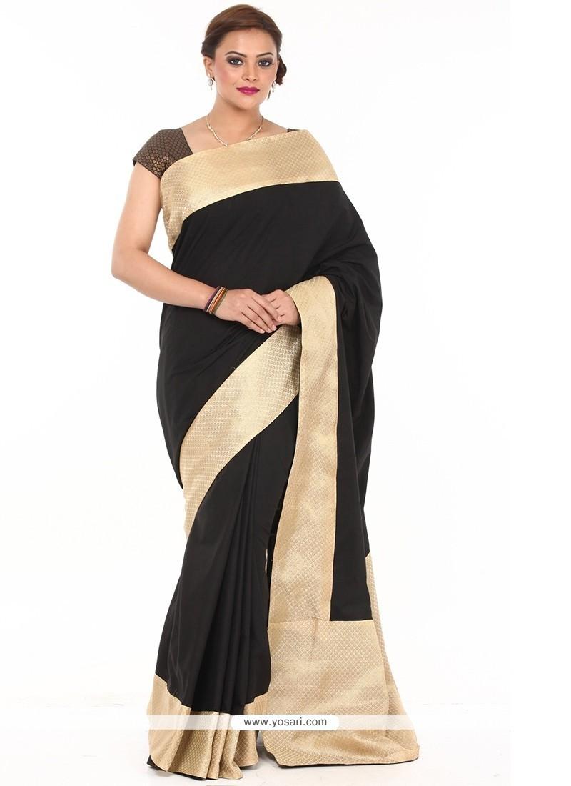 Enticing Art Silk Traditional Saree
