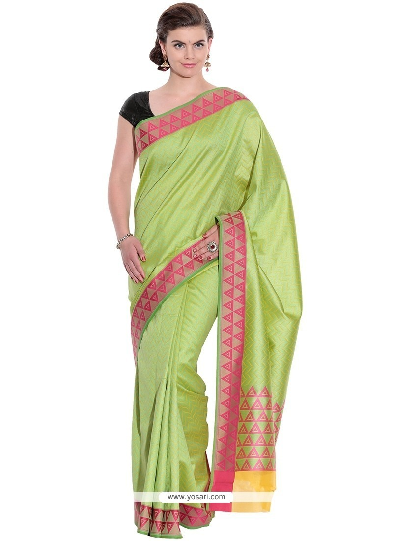 Striking Traditional Saree For Festival