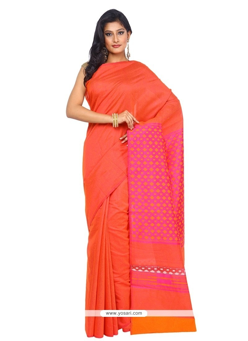 Aesthetic Traditional Saree For Festival