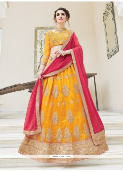 Enthralling A Line Lehenga Choli For Mehndi