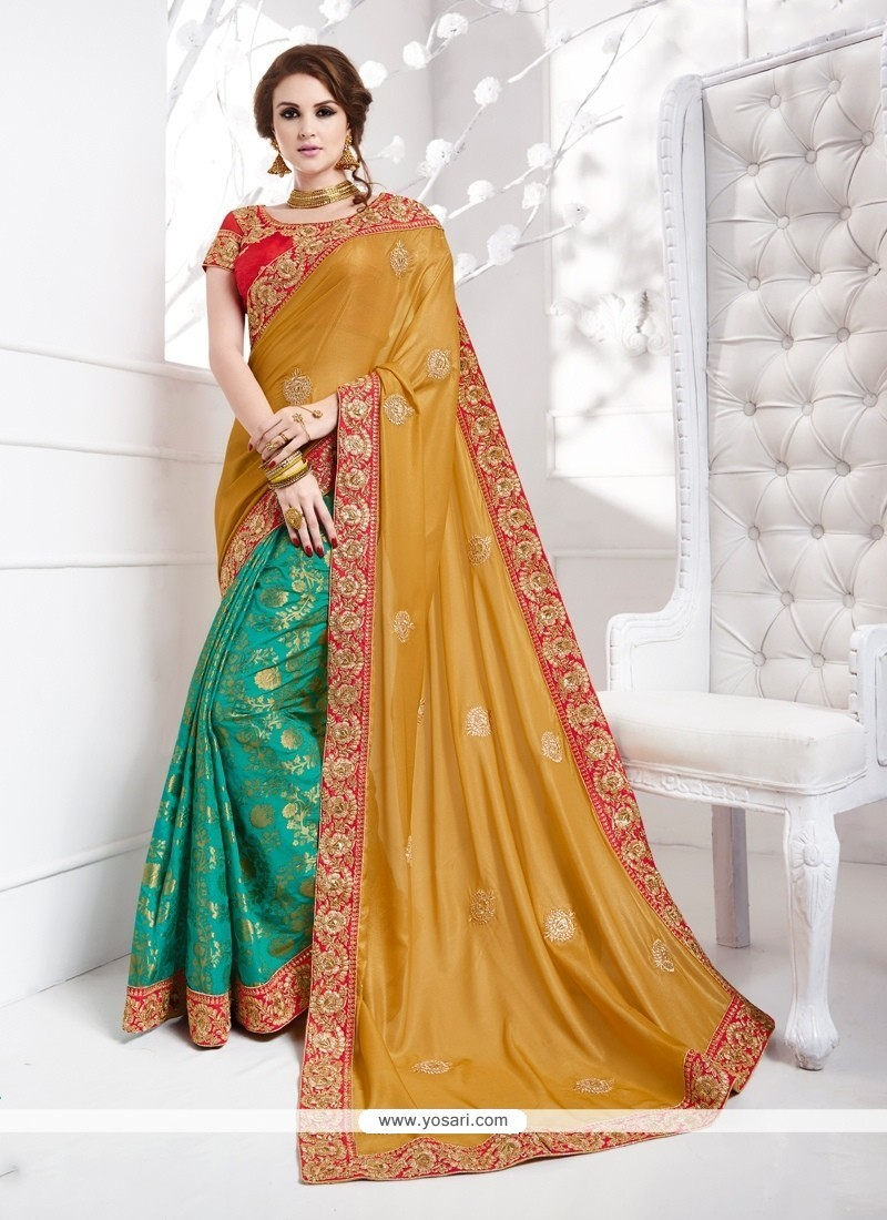 Astonishing Jacquard Silk Green Traditional Designer Sarees