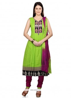 Lace Cotton Readymade Suit In Green