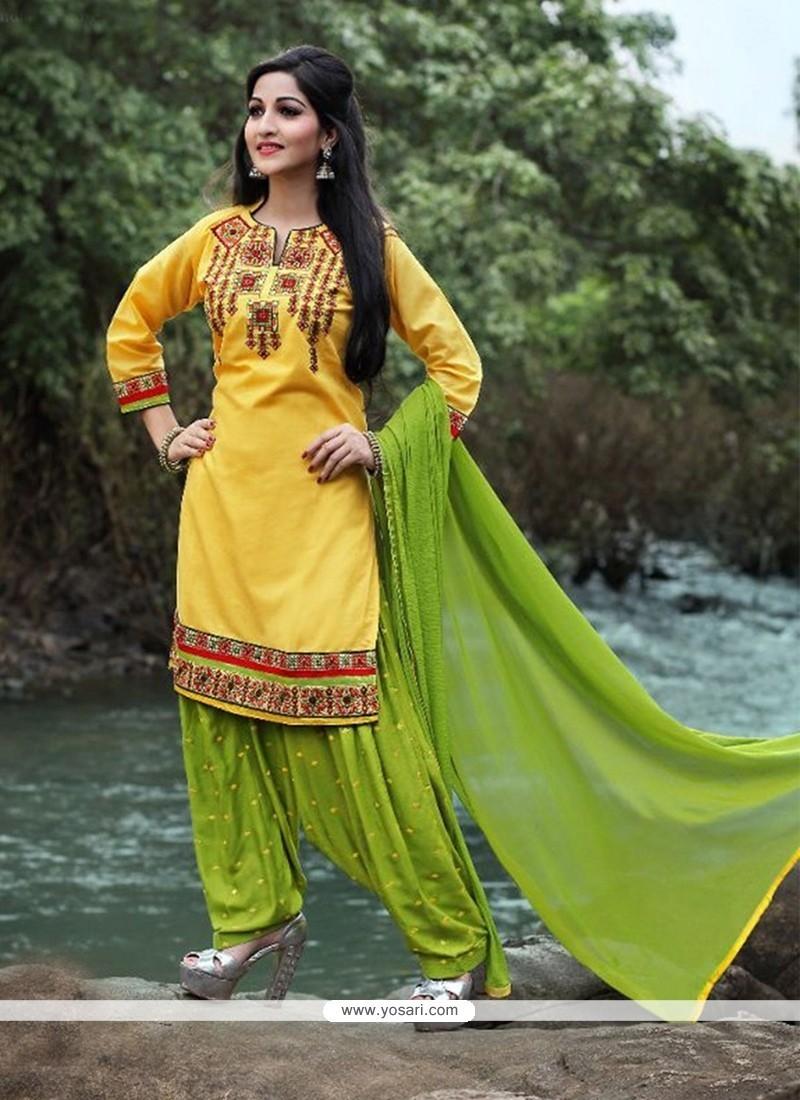 Glamorous Yellow Punjabi Suit