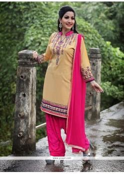 Gripping Beige Punjabi Suit