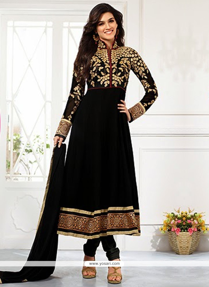 Kriti Sanon Black Zari Work Churidar Suit
