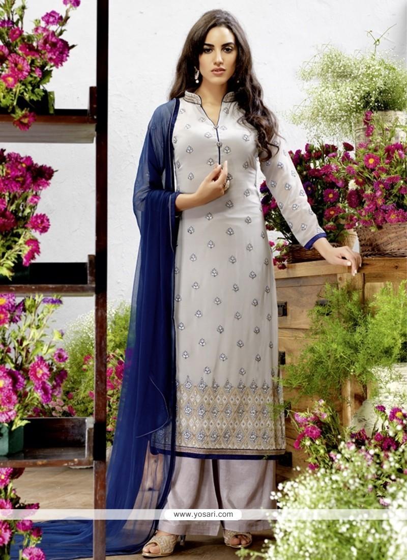 5936db2c4b Buy Fashionable Georgette Resham Work Designer Pakistani Suit ...