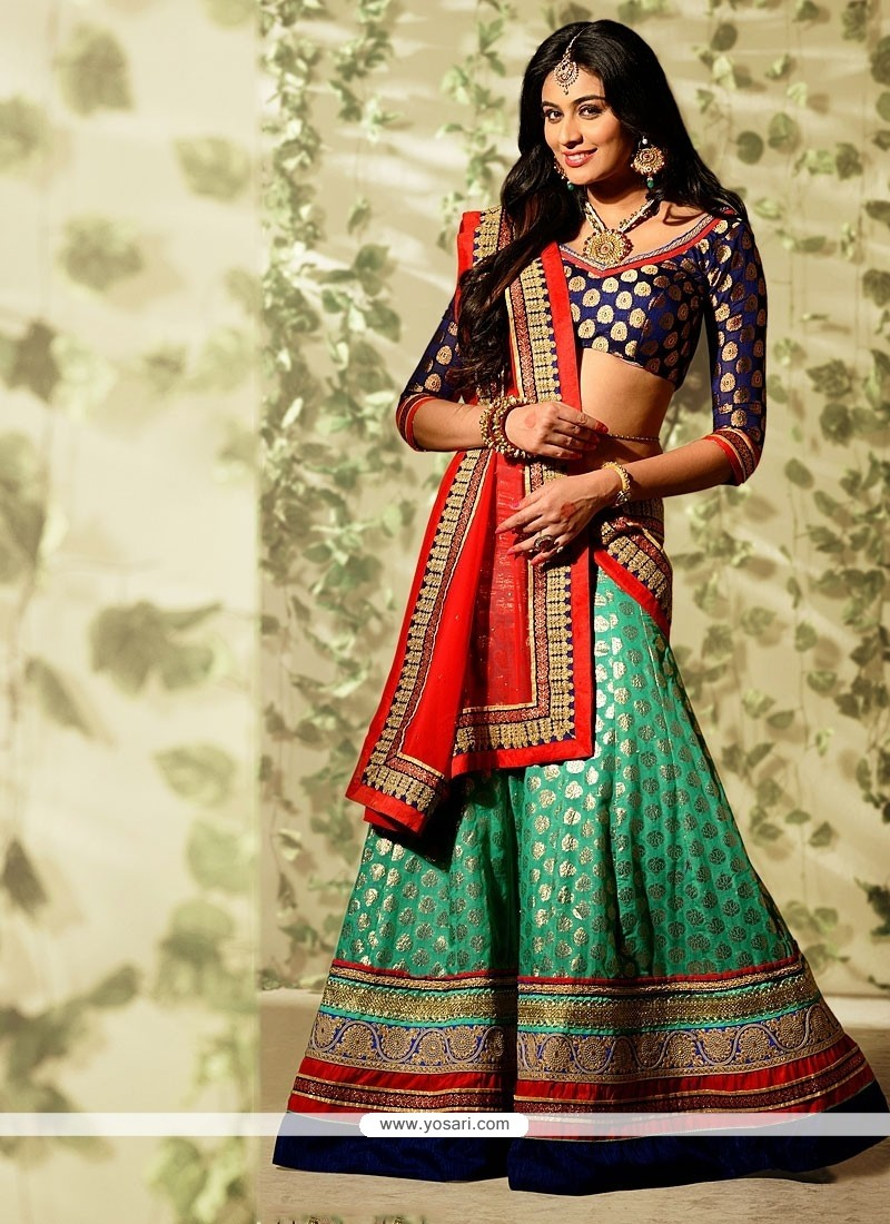 Fabulose Green Banarasi Lehenga Choli