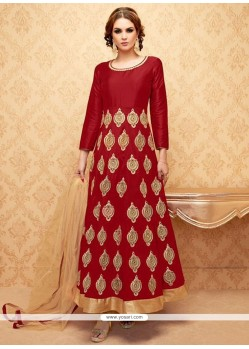 Exciting Lace Work Anarkali Salwar Suit