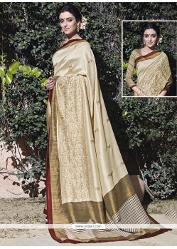 Gratifying Patch Border Work Traditional Saree