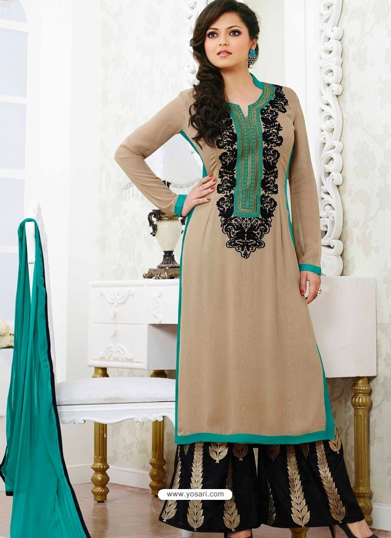 Gray And Black Georgette Pakistani Suits