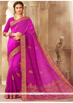 Print Jacquard Traditional Saree In Rani