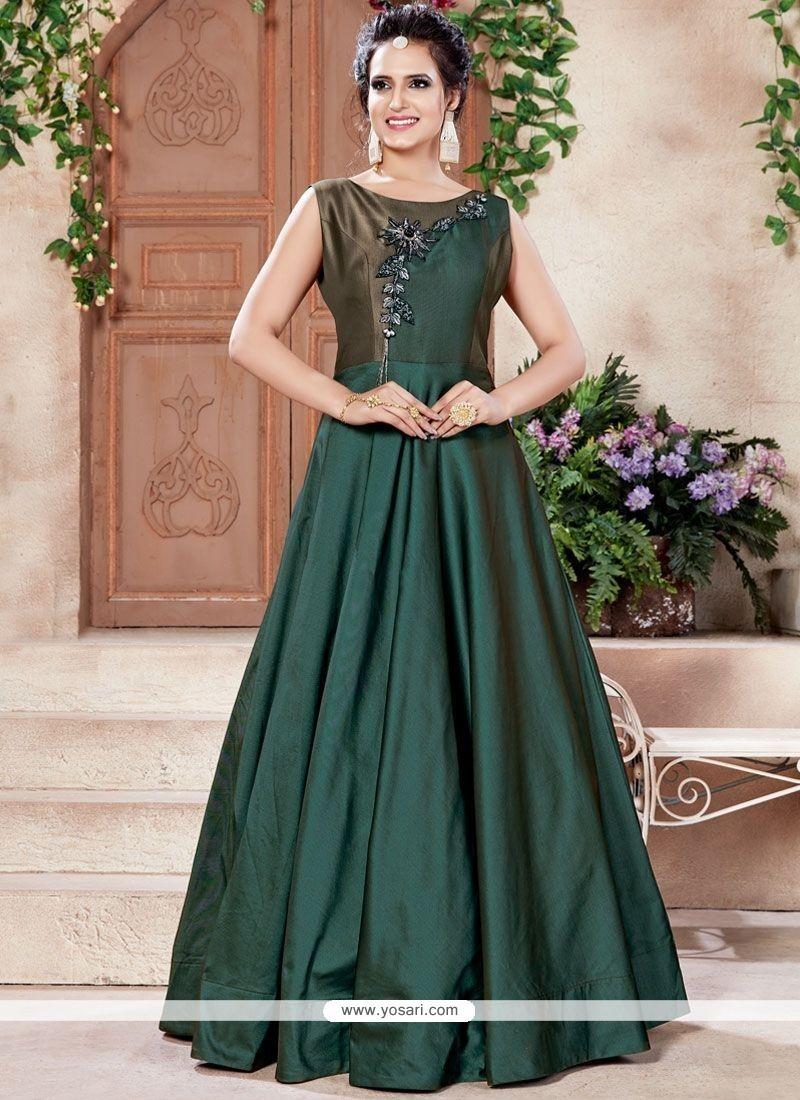 4ea5585e2a4b34 Buy Cutdana Work Designer Gown | Gowns