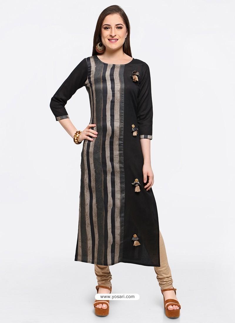 Flawless Black Embroidered Stylish Kurti
