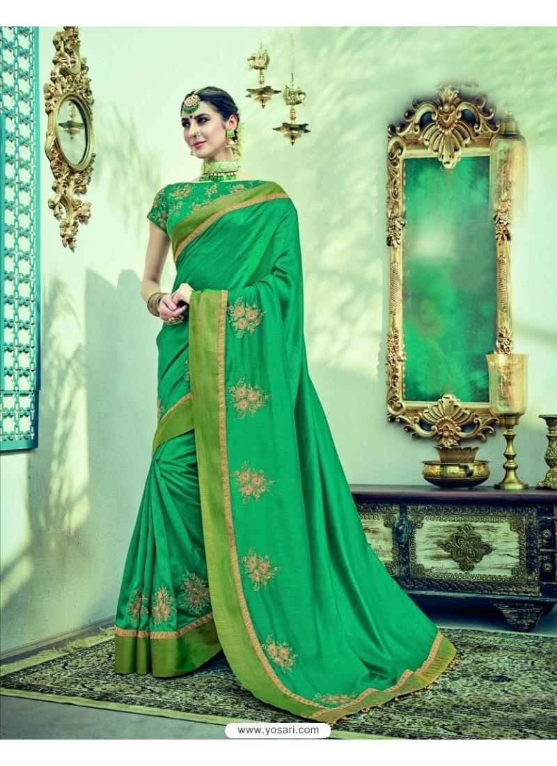 Lovely Green Dual Tone Silk Saree