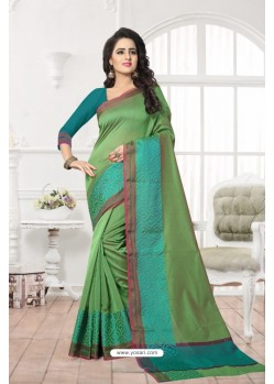 Fashionistic Green Banarasi Silk Saree