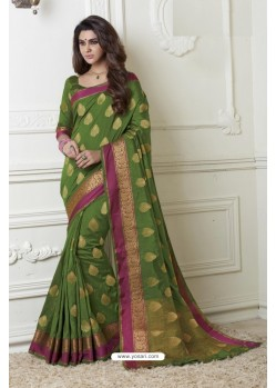 Mesmeric Green Raw Silk Saree